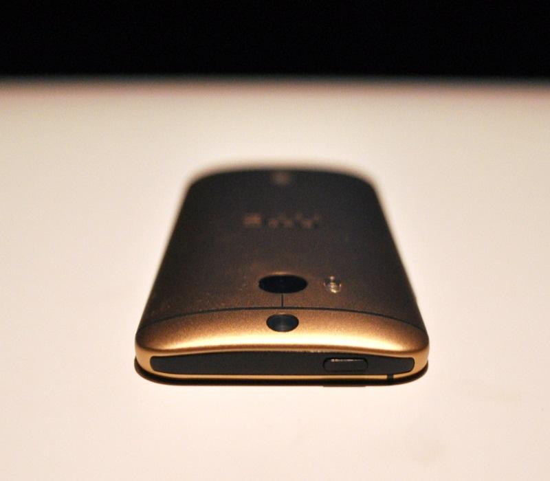HTC One M8 и его оригинальность