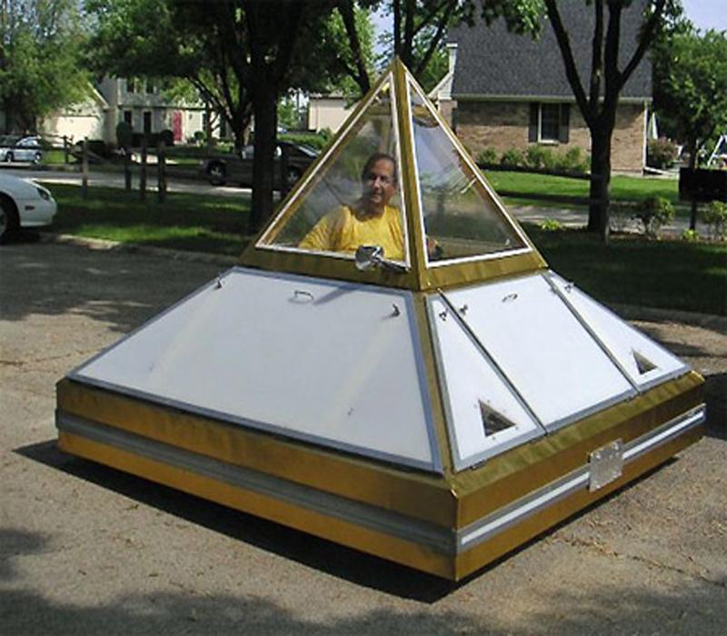 Достоинства автомобиля с пирамидой