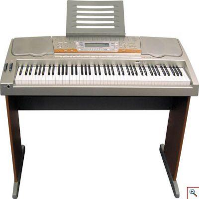 Синтезатор с поддержкой MIDI